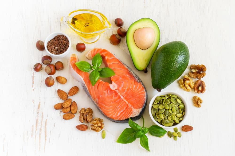 Ăn chất béo lành mạnh hợp lý sẽ hỗ trợ cho quá trình giảm cân hiệu quả