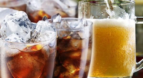 Các loại nước ngọt, thức uống gây kích thích rất không tốt cho giảm cân