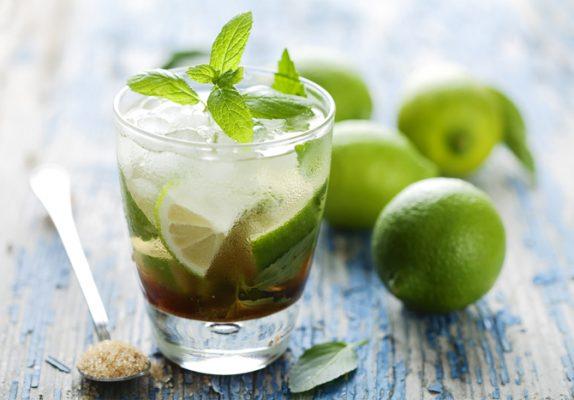 nước chanh trà xanh hỗ trợ giảm béo bụng cực tốt