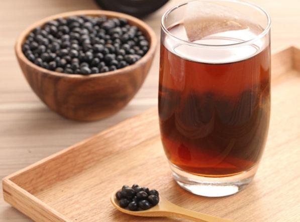 trà đậu đen