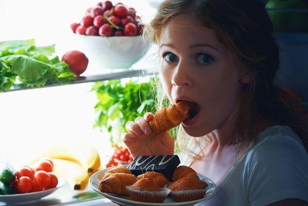 ăn đêm nên ăn gì để tăng cân