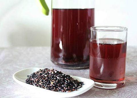 nước đậu đen có tác dụng giảm béo đẹp da