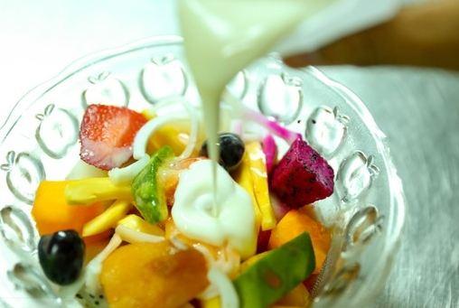 sinh tố trái cây sữa đặc